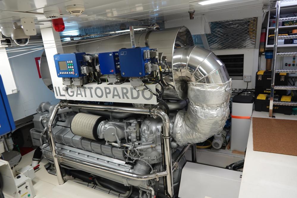 IL GATTOPARDO - Luxury Motor Yacht For Sale - Engineroom - Img 1   C&N