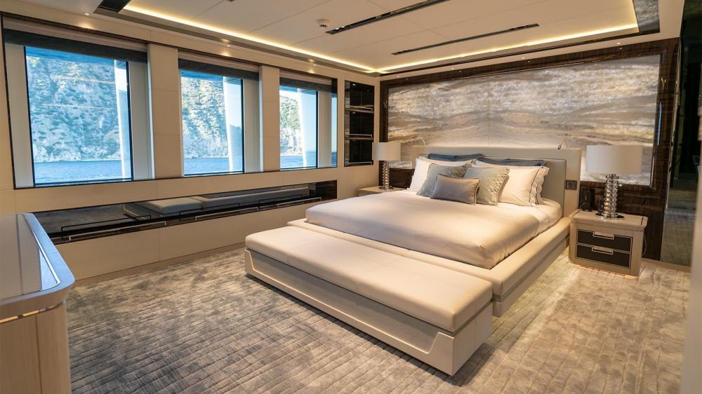 TATIANA - Luxury Motor Yacht For Charter - Two VIP Cabins   Four Double Cabins   One Twin Cabin - Img 2   C&N