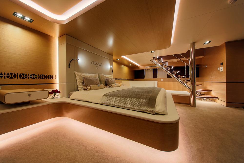 AIAXAIA - Luxury Sailing Yacht For Charter - VIP cabin - Img 1 | C&N