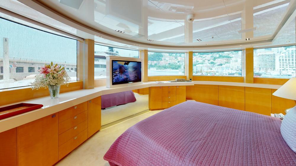 LA PELLEGRINA 1 - Luxury Motor Yacht For Sale - Full Beam VIP Cabin + Four Guest Suites - Img 3 | C&N