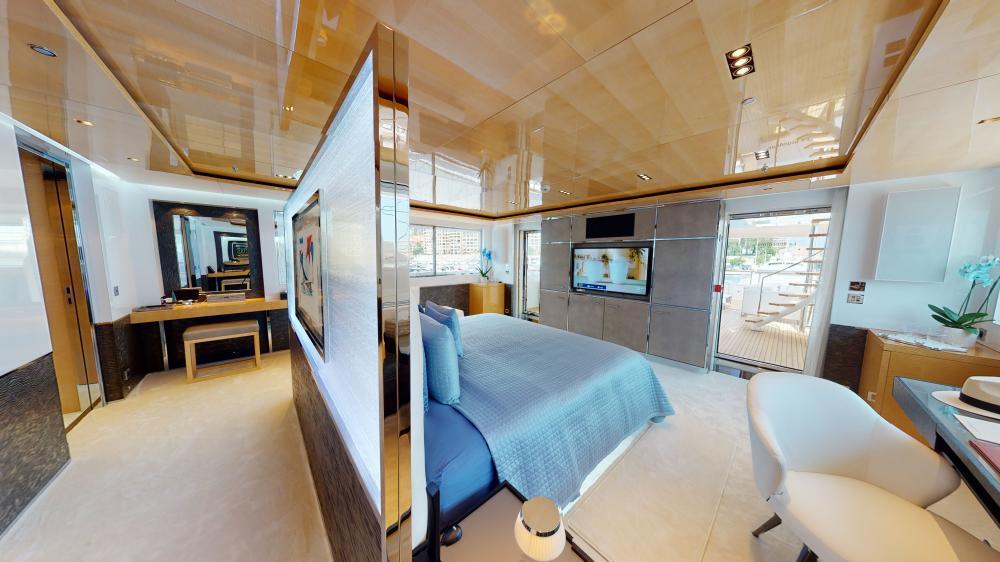 LA PELLEGRINA 1 - Luxury Motor Yacht For Sale - Master Suite - Img 2 | C&N