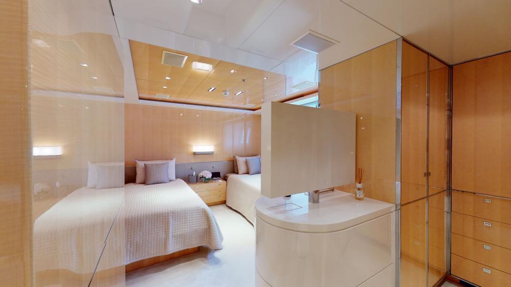 LA PELLEGRINA 1 - Luxury Motor Yacht For Sale - Full Beam VIP Cabin + Four Guest Suites - Img 6 | C&N