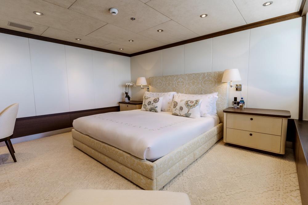 BELLA - Luxury Motor Yacht For Charter - VIP Cabin - Img 1 | C&N