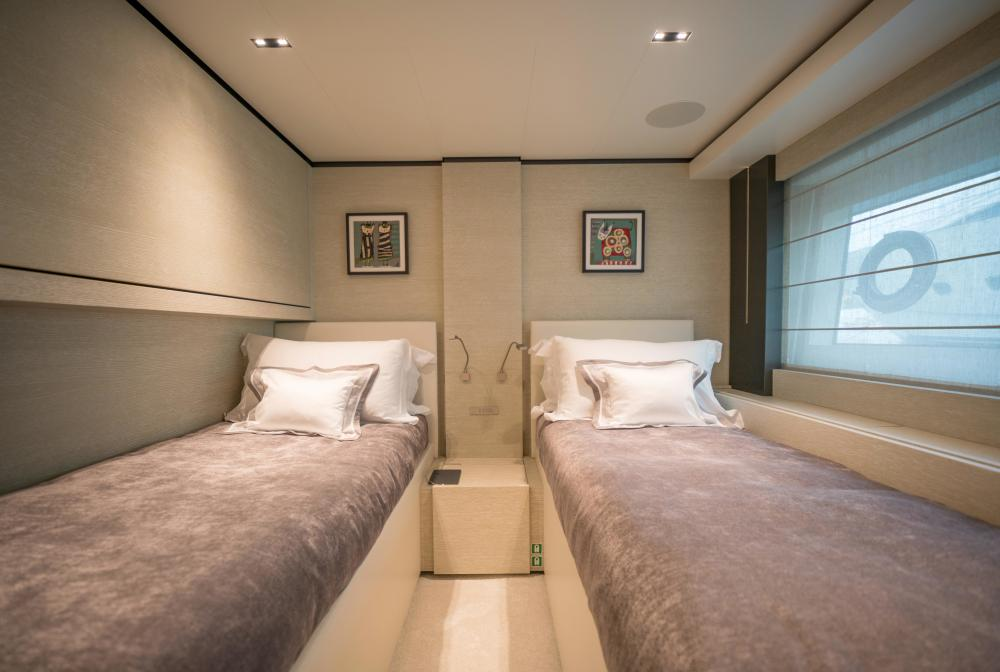 DECEMBER SIX - Luxury Motor Yacht For Sale - Twin Cabin - Img 1 | C&N
