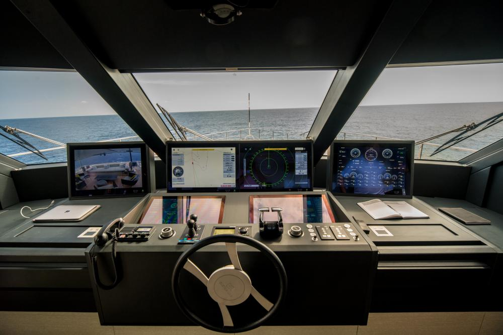 DECEMBER SIX - Luxury Motor Yacht For Sale - Pilothouse - Img 2 | C&N