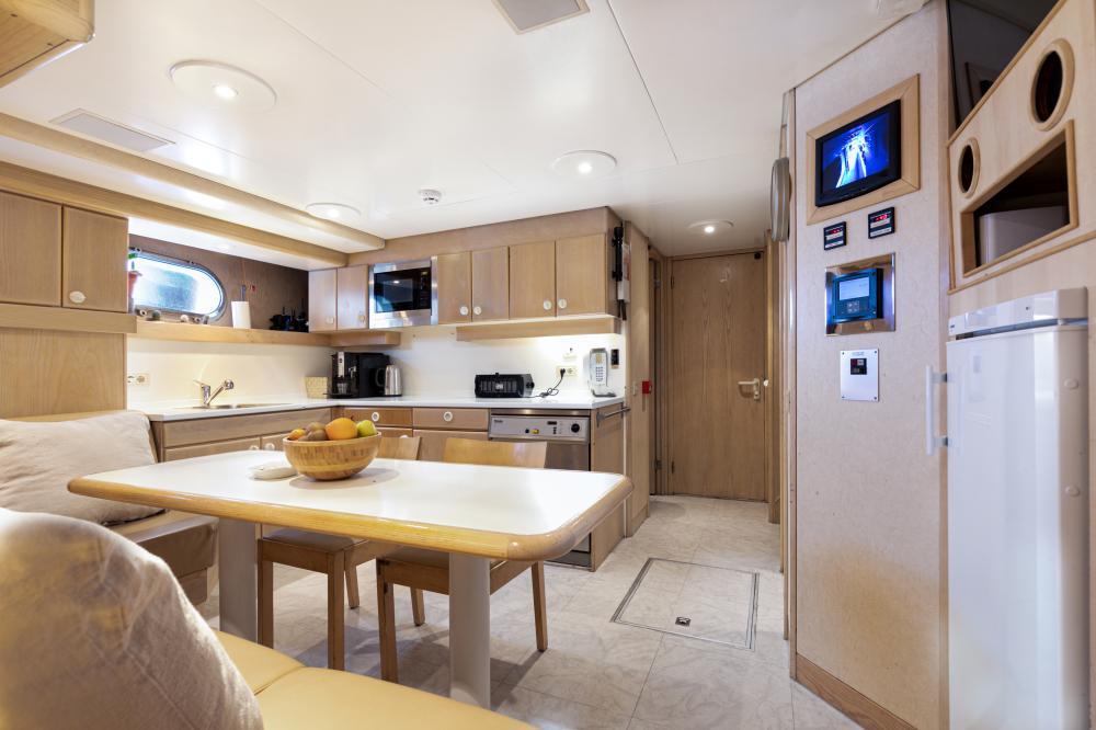 SECRET LOVE - Luxury Motor Yacht For Sale - Crew area - Img 1   C&N