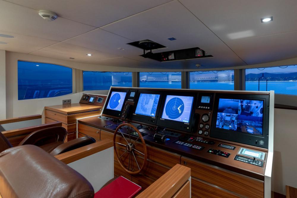 BASMALINA II - Luxury Motor Yacht For Sale - BRIDGE - Img 1 | C&N