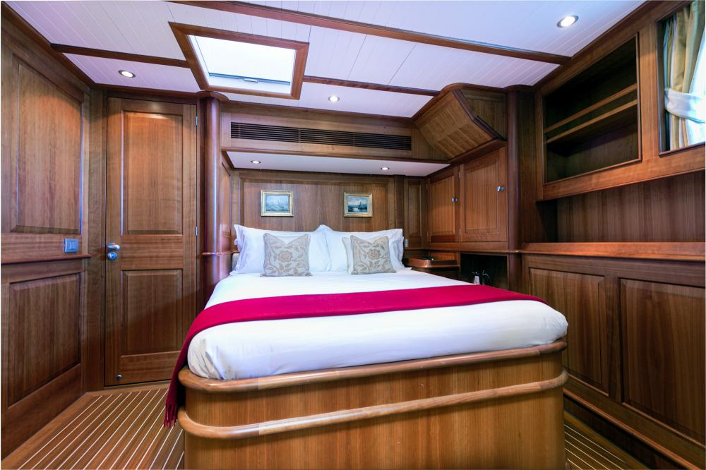 WELLENREITER - Luxury Sailing Yacht For Sale - 2 DOUBLE CABINS - Img 1   C&N