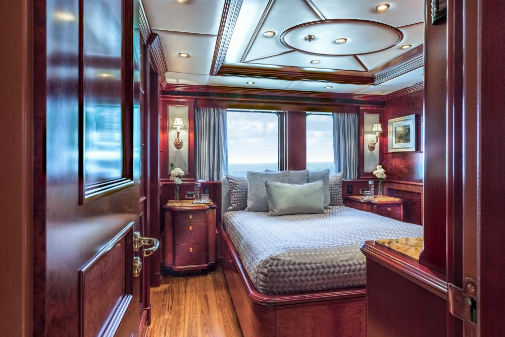 MIA ELISE II - Luxury Motor Yacht For Charter - VIP Queen   Queen (convertible sofa/master study)   3 King Cabins   1 Twin Cabin - Img 1   C&N