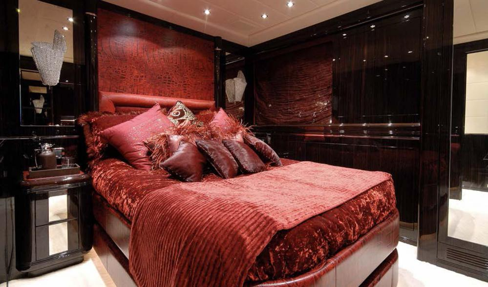 AFRICAN CAT - Luxury Motor Yacht For Sale - Double Cabins - Img 1   C&N