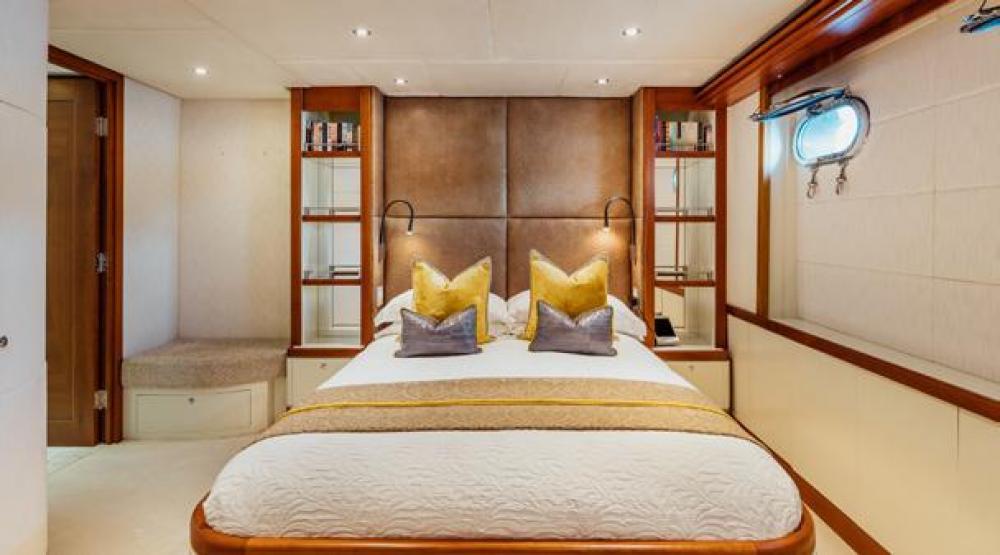 ZULU - Luxury Motor Yacht For Charter - VIP Cabin   Double Cabin - Img 2   C&N