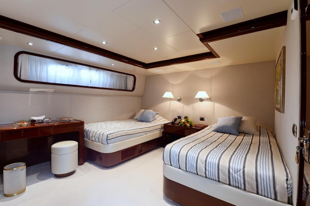 SHAF - Luxury Motor Yacht For Sale - TWIN CABINS - Img 4   C&N