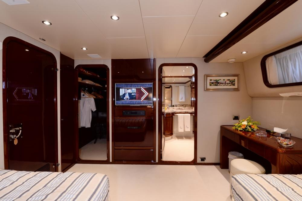 SHAF - Luxury Motor Yacht For Sale - TWIN CABINS - Img 5   C&N