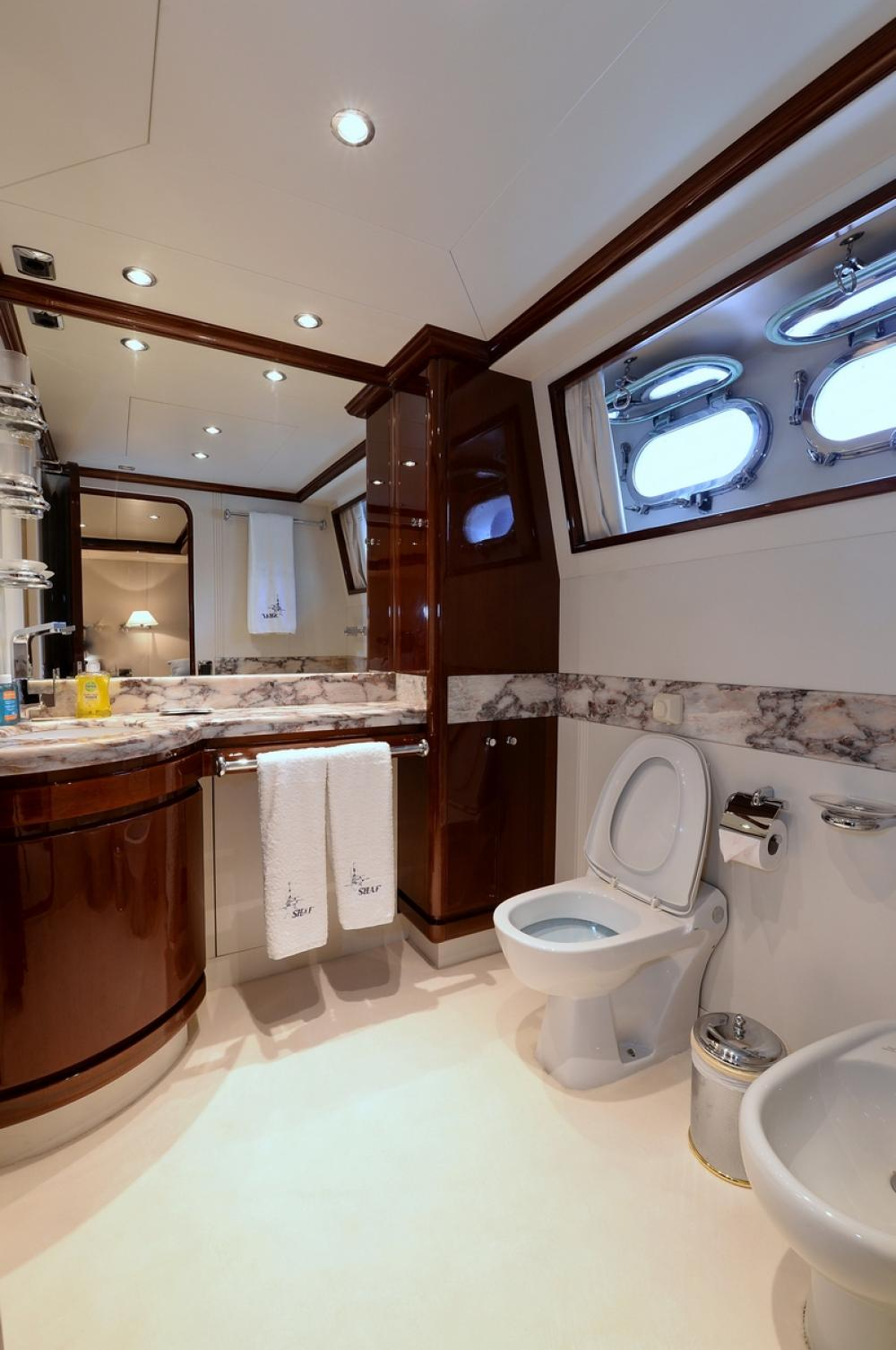 SHAF - Luxury Motor Yacht For Sale - TWIN CABINS - Img 10   C&N