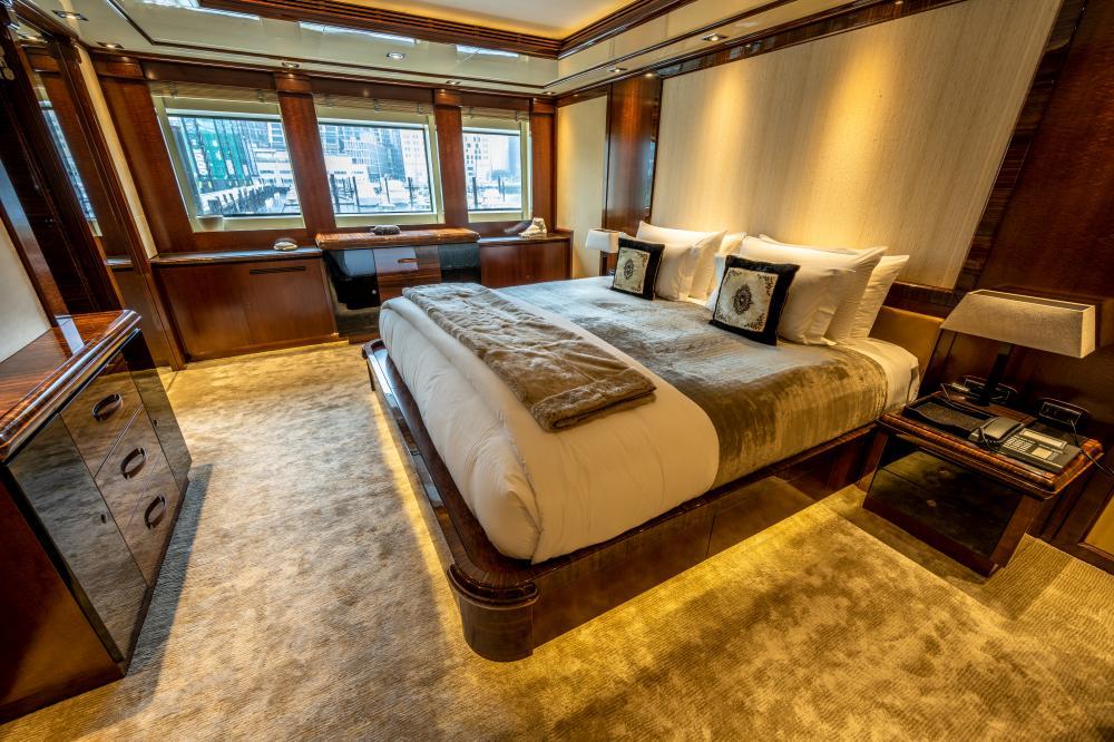 AZTECA - Luxury Motor Yacht For Sale - Double Cabins - Img 3 | C&N