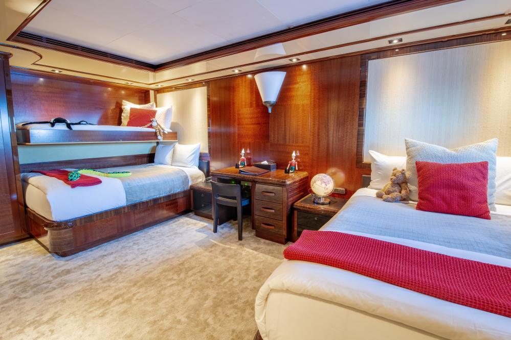 AZTECA - Luxury Motor Yacht For Sale - Twin Cabin - Img 1 | C&N