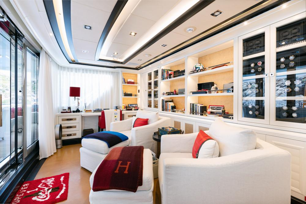 FOREVER ONE - Luxury Motor Yacht For Sale - Master Cabin - Img 2 | C&N