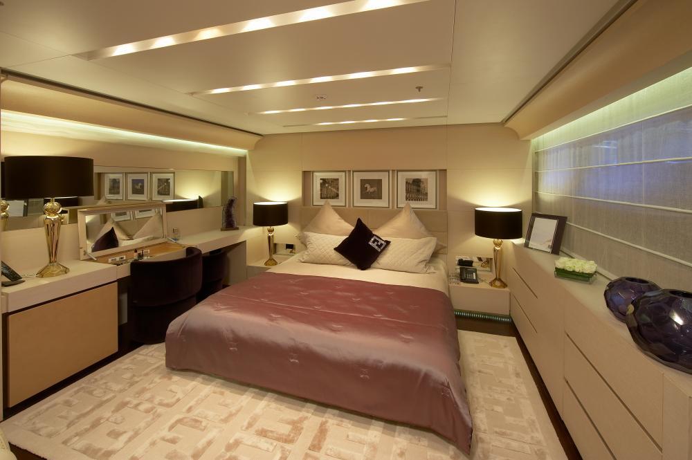 BURKUT - Luxury Motor Yacht For Charter - Double Cabins - Img 2   C&N