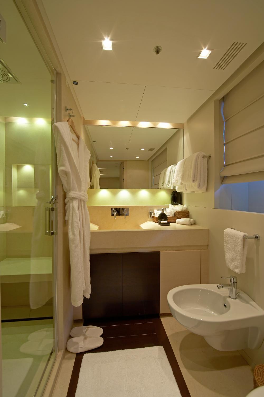BURKUT - Luxury Motor Yacht For Charter - Double Cabins - Img 3   C&N