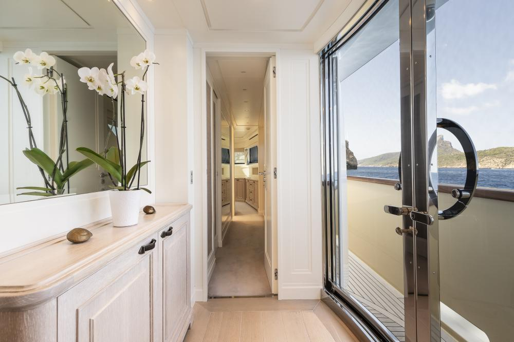 CHICK CHUK - Luxury Motor Yacht For Sale - Master Cabin - Img 4 | C&N