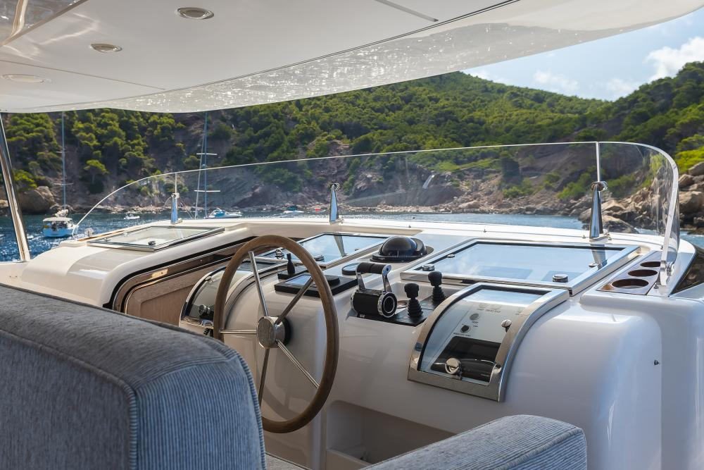 CHICK CHUK - Luxury Motor Yacht For Sale - Pilothouse - Img 1 | C&N