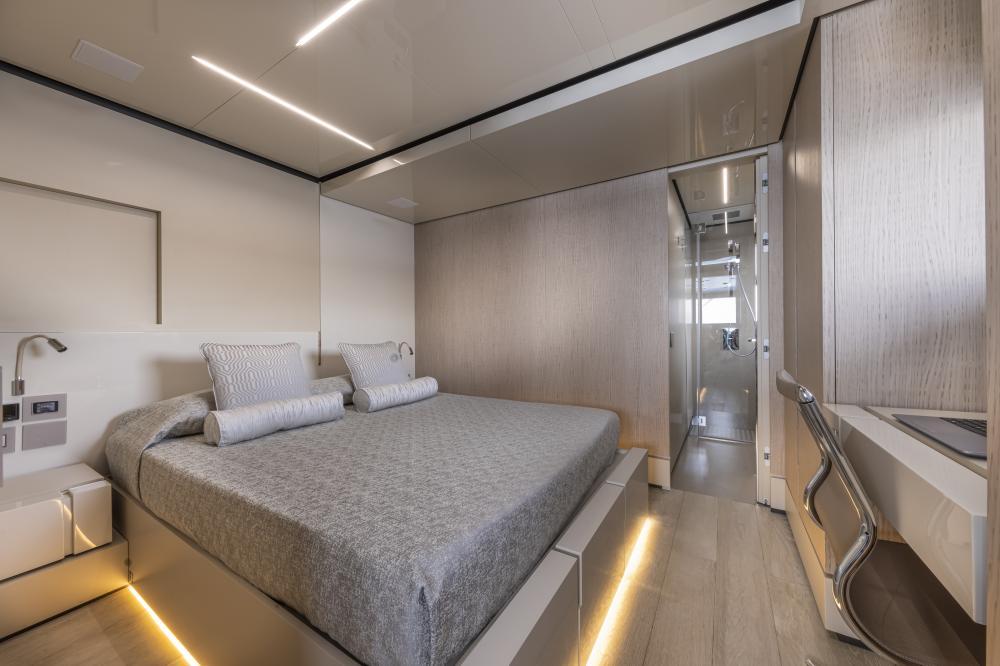 EMOCEAN - Luxury Motor Yacht For Charter - Crew House - Img 1 | C&N