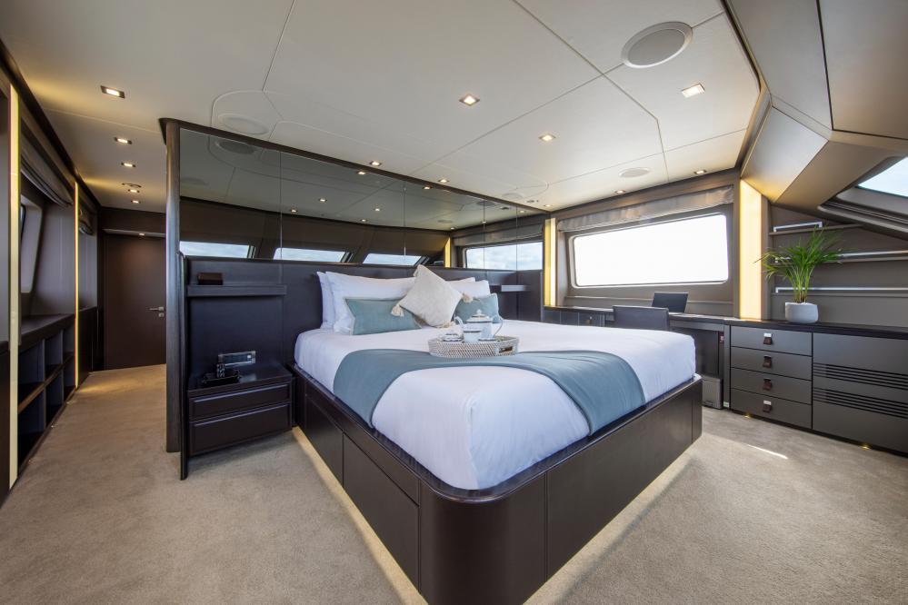 ORSO 3 - Luxury Motor Yacht For Charter - 1 MASTER CABIN - Img 2   C&N