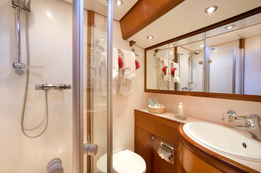 WHIRLWIND - Luxury Sailing Yacht For Sale - Double cabins - Img 3 | C&N