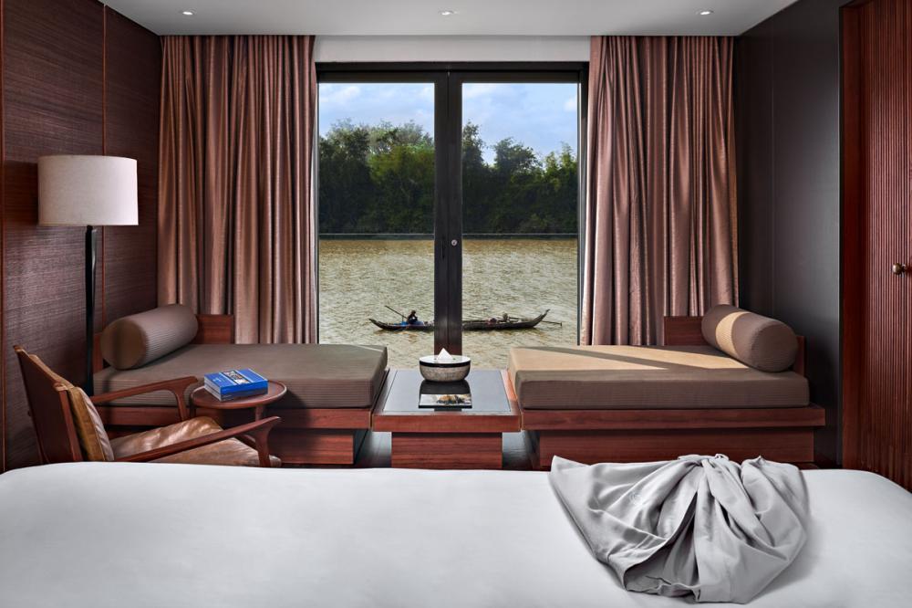 AQUA MEKONG - Luxury Motor Yacht For Charter - CALIFORNIA KING SETUP - Img 6   C&N