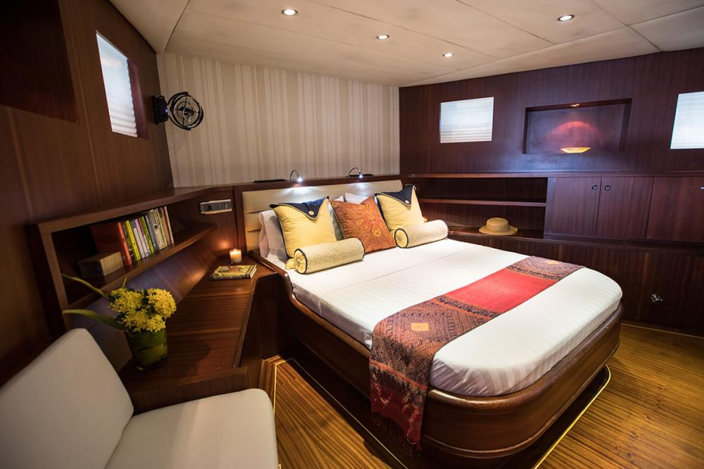 ORIENT PEARL - Luxury Sailing Yacht For Charter - 1 MASTER CABIN   2 DOUBLE CABINS   2 TWIN CABINS - Img 1   C&N