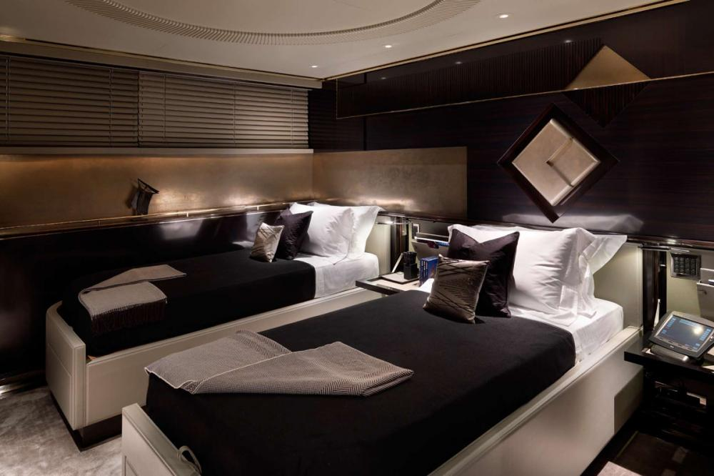 SEALYON - Luxury Motor Yacht For Charter - 2 TWIN CABINS - Img 1   C&N