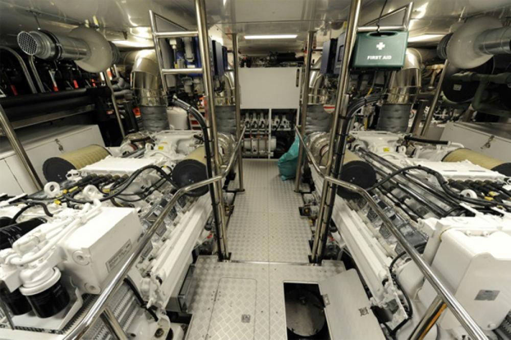 BASMALINA II - Luxury Motor Yacht For Sale - ENGINE ROOM - Img 1 | C&N