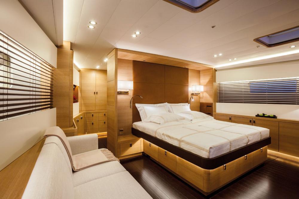 SHAMANNA - Luxury Sailing Yacht For Charter - 1 MASTER CABIN - Img 1 | C&N