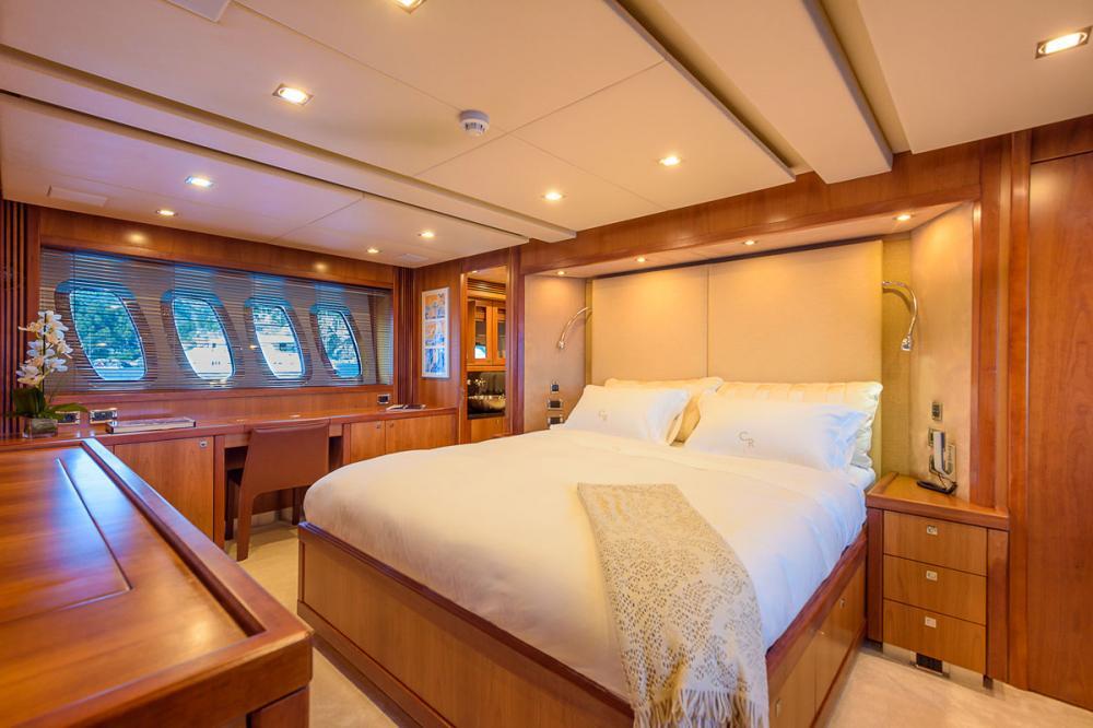 CASINO ROYALE - Luxury Motor Yacht For Charter - 1 MASTER CABIN - Img 1 | C&N