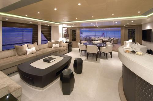 HURRICANE RUN - Luxury Motor Yacht For Charter - Interior Design - Img 5 | C&N