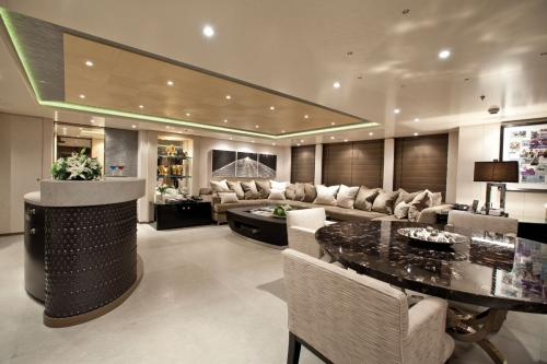 HURRICANE RUN - Luxury Motor Yacht For Charter - Interior Design - Img 4 | C&N