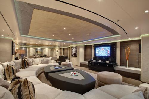 HURRICANE RUN - Luxury Motor Yacht For Charter - Interior Design - Img 1 | C&N