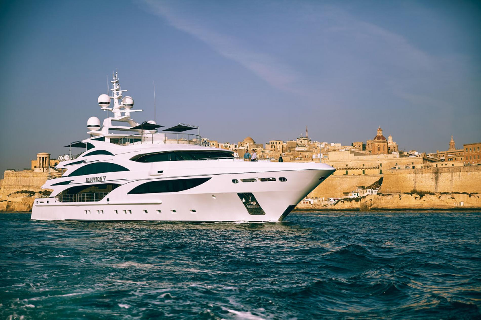 ILLUSION V - Luxury Motor Yacht For Charter - Exterior Design - Img 1 | C&N