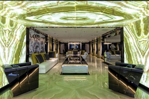 SARASTAR - Luxury Motor Yacht For Sale - Interior Design - Img 1 | C&N