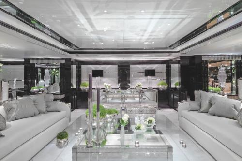 SILVER ANGEL - Luxury Motor Yacht For Charter - Interior Design - Img 2 | C&N