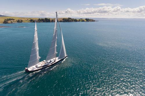 TWIZZLE - Luxury Sailing Yacht For Charter - Exterior Design - Img 2   C&N
