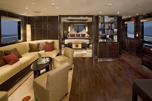 DOROTHEA III - Luxury Motor Yacht For Sale - Interior Design - Img 1 | C&N
