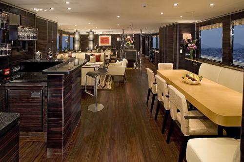 DOROTHEA III - Luxury Motor Yacht For Sale - Interior Design - Img 2 | C&N