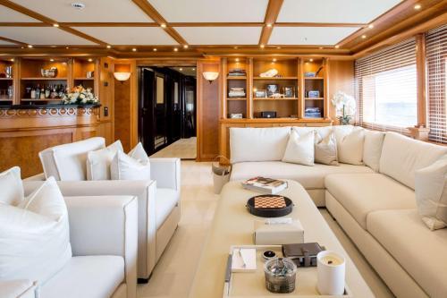 ELENI - Luxury Motor Yacht For Charter - Interior Design - Img 3   C&N