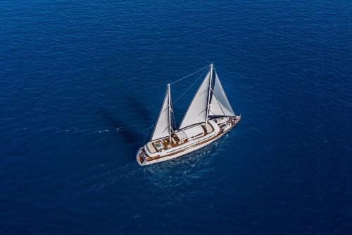 AIAXAIA - Luxury Sailing Yacht For Charter - Exterior Design - Img 3 | C&N