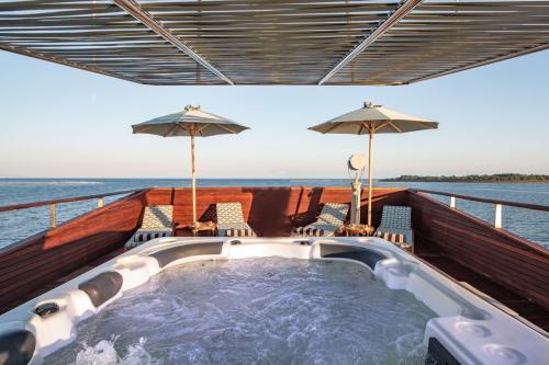 KUDANIL EXPLORER - Luxury Motor Yacht For Charter - Exterior Design - Img 3 | C&N