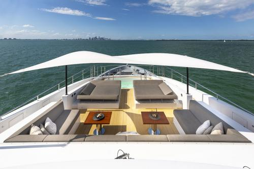DELIBERATELY LUCKY - Luxury Motor Yacht For Sale - Exterior Design - Img 3   C&N