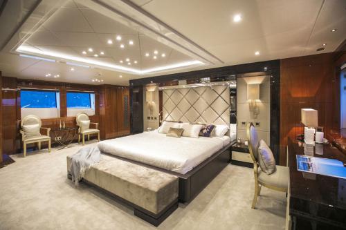 RHINE - Luxury Motor Yacht For Sale - Interior Design - Img 5   C&N
