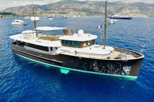 LIVINGSTONE - Luxury Motor Yacht for Sale | C&N
