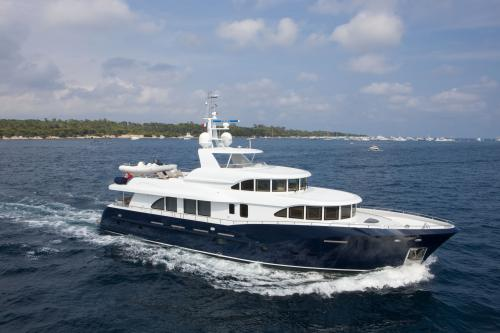 BELLE ISLE - Luxury Motor Yacht for Sale | C&N